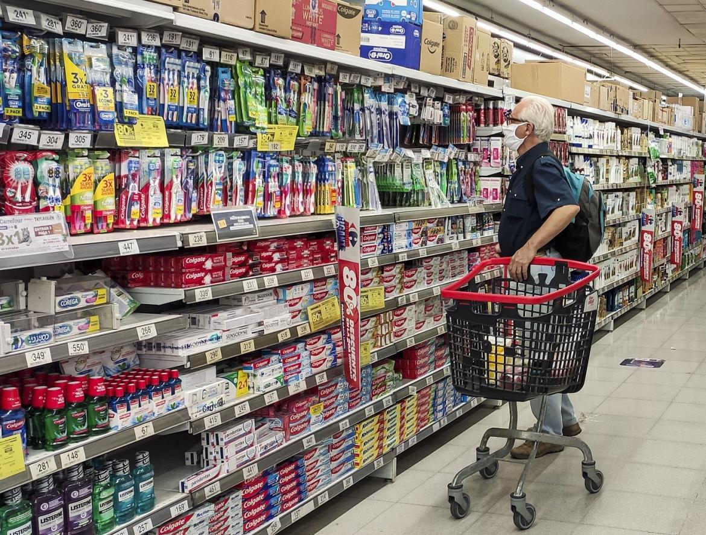 La canasta básica aumentó un 2,4% en mayo: una familia necesitó $64.445 para no caer en la pobreza