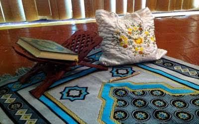 Dalil Bolehnya Wanita Haid Berdiam di Dalam Masjid