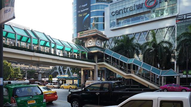 Изображение перехода через улицу в Бангкоке