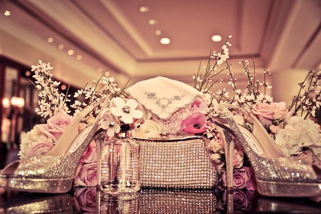 Romantic glamorous orlando wedding belle the magazine vendors junglespirit Images