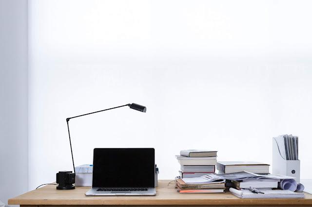 desk Photo by freddie marriage on Unsplash