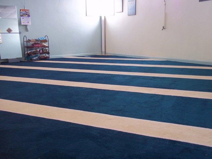 Designing Your Identity Pemasangan Karpet Surau dan Masjid