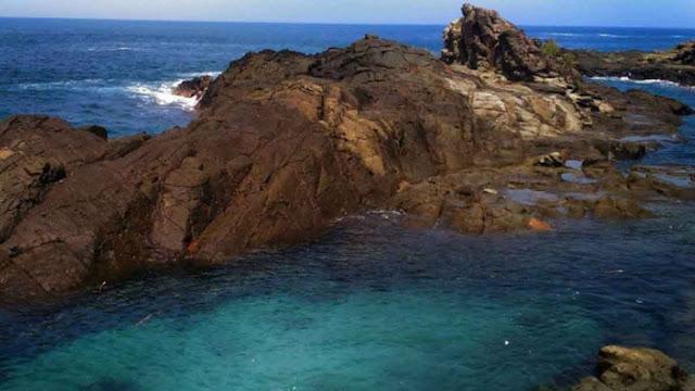 pantai-wedi-ombo