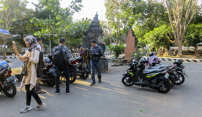 Area Parkir Gua Selomangleng