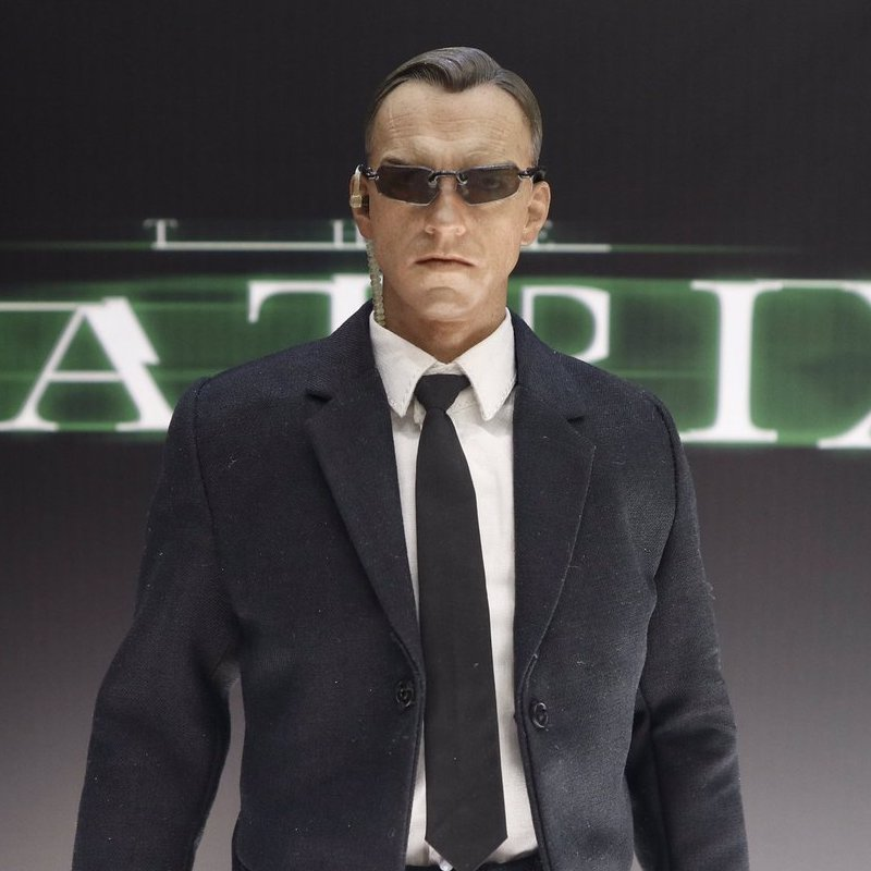 """Toys For Girls 9 12 From Smith S : Hot toys does """"the matrix in th licensed versus bootleg"""