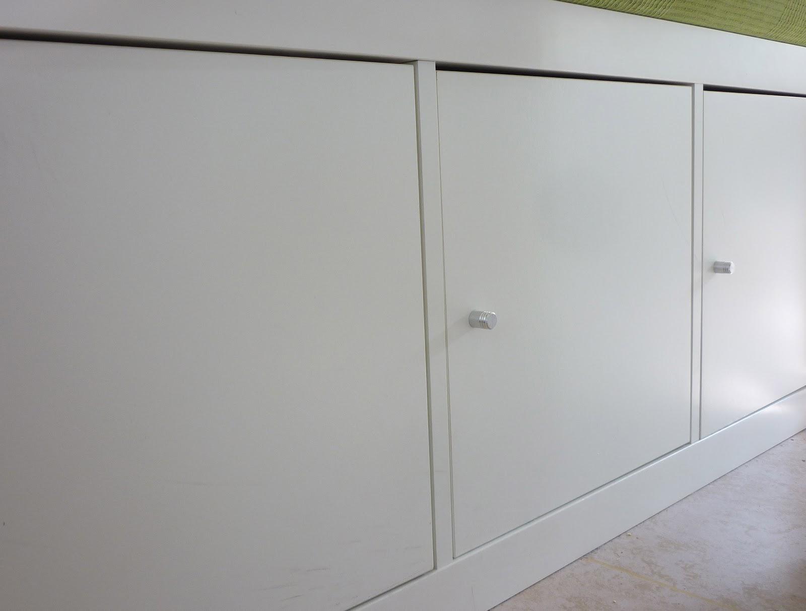 here in my room gr ne k che. Black Bedroom Furniture Sets. Home Design Ideas