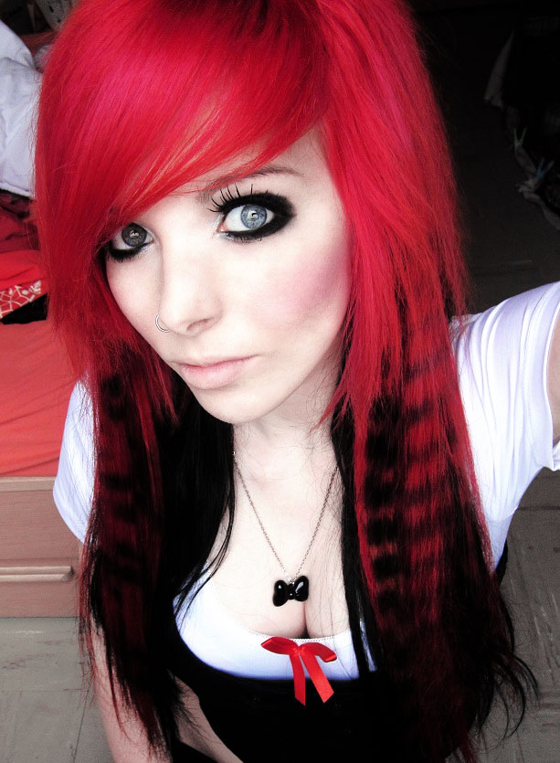 Emo Hairstyles For Girls Get An Edgy Hairstyle To Stand