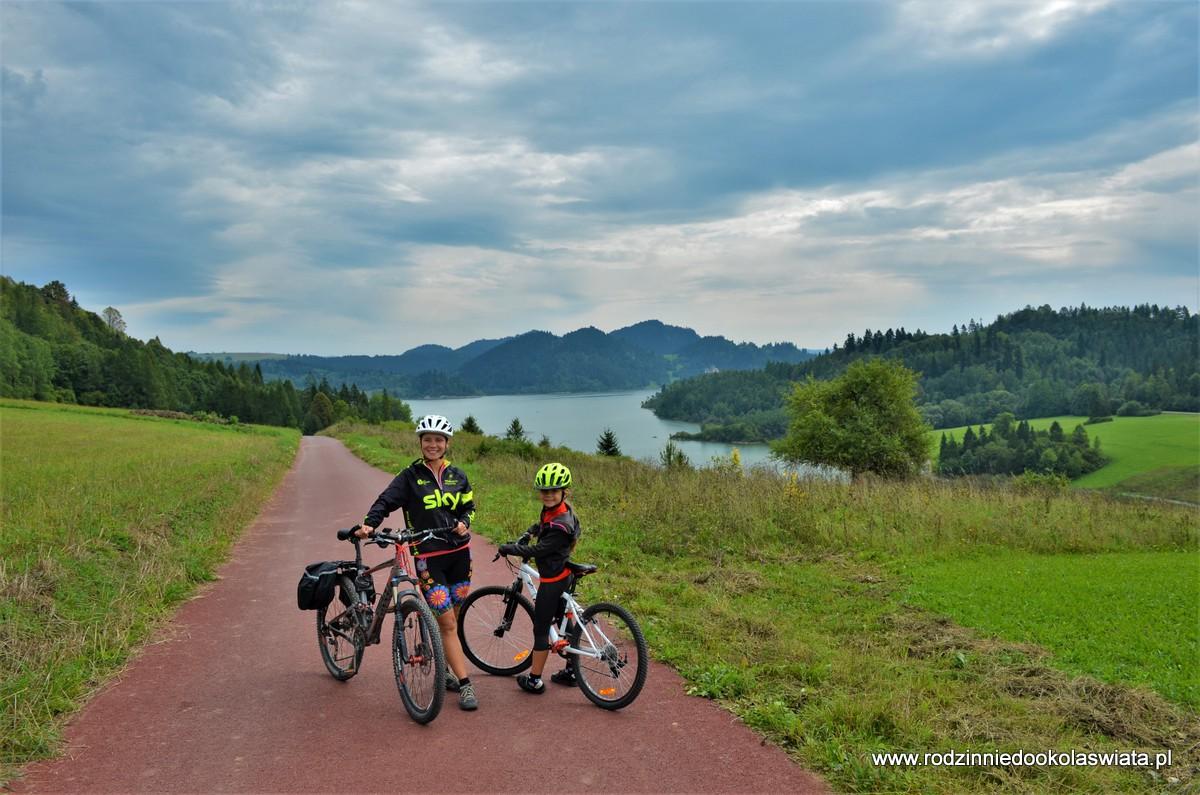 Małopolska z dziećmi- Rowerem wokół Jeziora Czorsztyńskiego