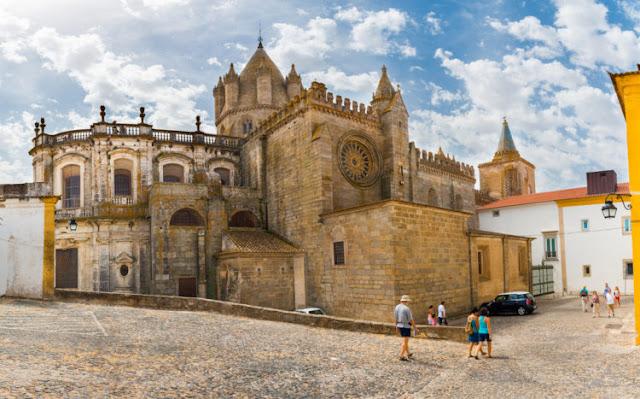 Museu da Cidade de Évora (província do Alto Alentejo, a 130 km de Lisboa)
