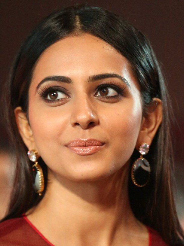 Telugu Actress Rakul Preet Singh Oily Face Close Up Photos