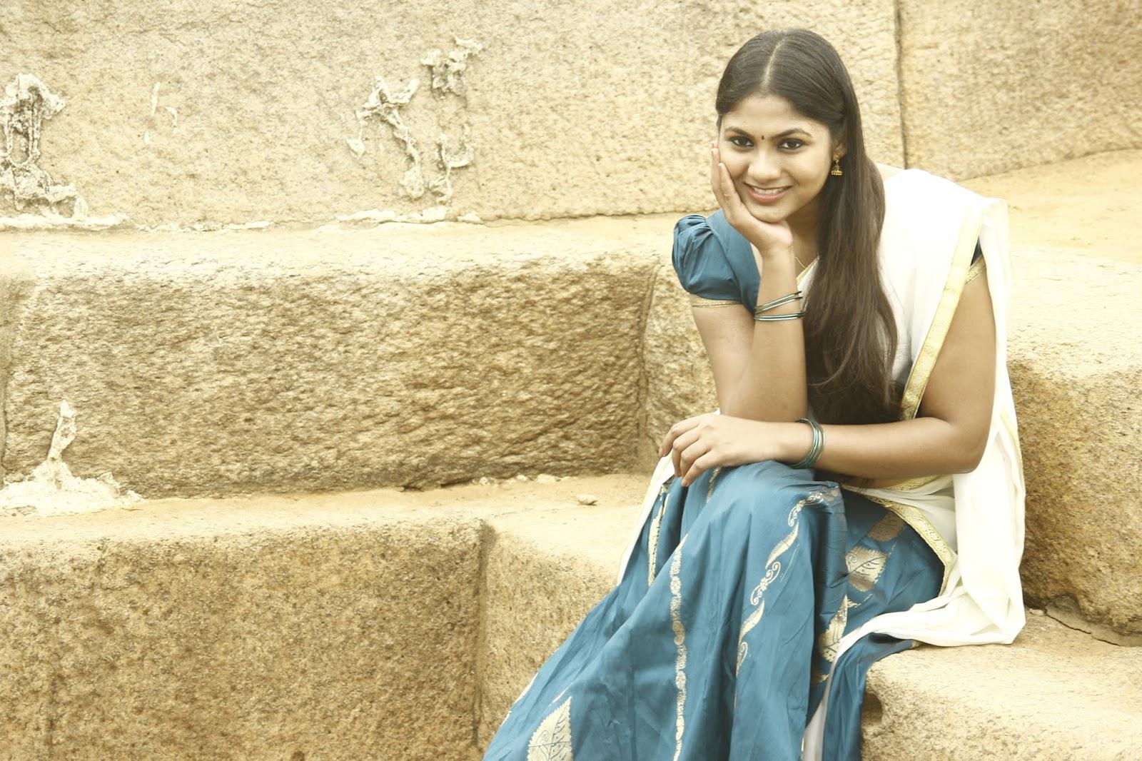 Shruti Reddy latest photos in half saree-HQ-Photo-17