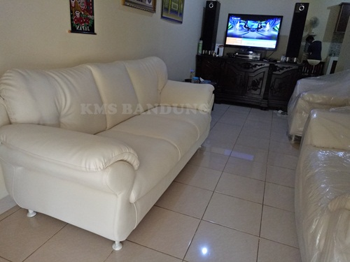 sofa ellegant ruangan