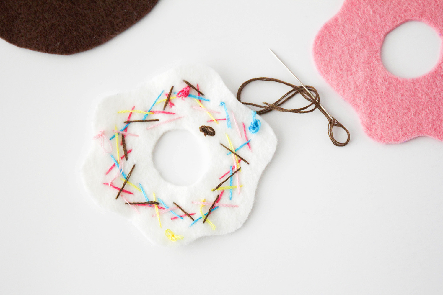 These hand-sewn donut ornaments are so adorable and easy to make, too!