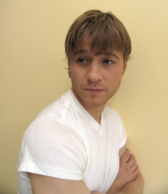 benjamin mckenzie ryan atwood photoshoot white shirt