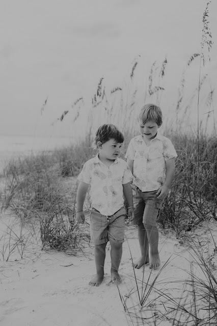 Fort Myers Beach Family Portrait | SWFL Photographer