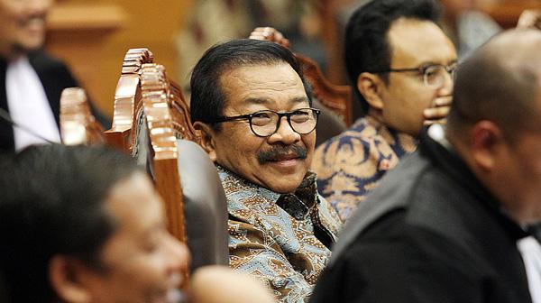 Pakde Karwo Buka Suara Isu Kepindahannya ke Partai Nasdem buat Dukung Jokowi, Bikin Kaget