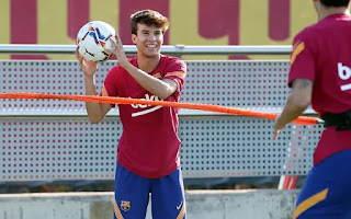 Best pictures from Barcelona Saturday's training session