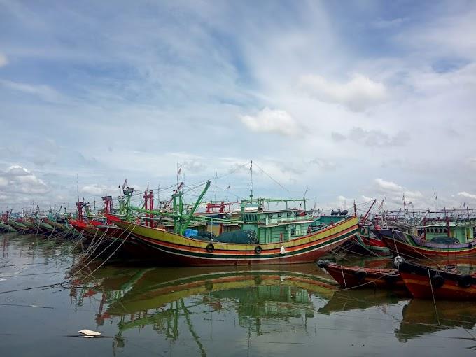 Mengenal Kapal Pengangkut Ikan di Laut dan Sungai