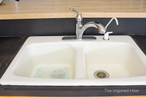 enameled cast iron kitchen sink