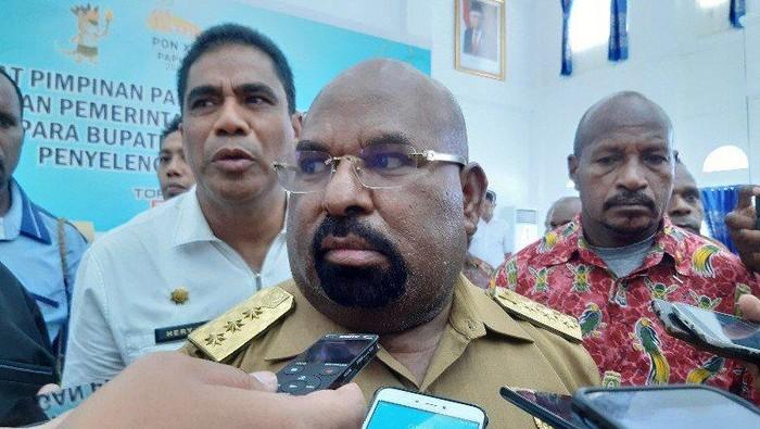 Gubernur Papua Minta 'KKB Teroris' Dikaji Ulang, DPR Membalas: Gubernurnya Saja Tidak Mampu Atasi, Pusat Turun Tangan Malah Diprotes!