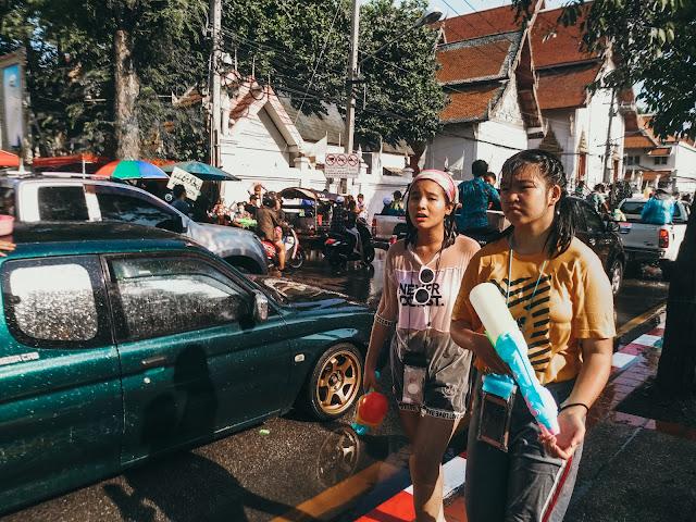 tajski nowy rok | festiwal wody w Tajlandii | nowy rok w Tajlandii