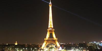Jean-Francis Martins Lindungi Tembok Menara Eiffel Dengan Kaca Anti Peluru