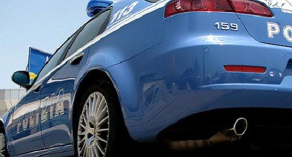 Candela, trasportava in auto 2 kg di cocaina. Campano arrestato dalla Polizia