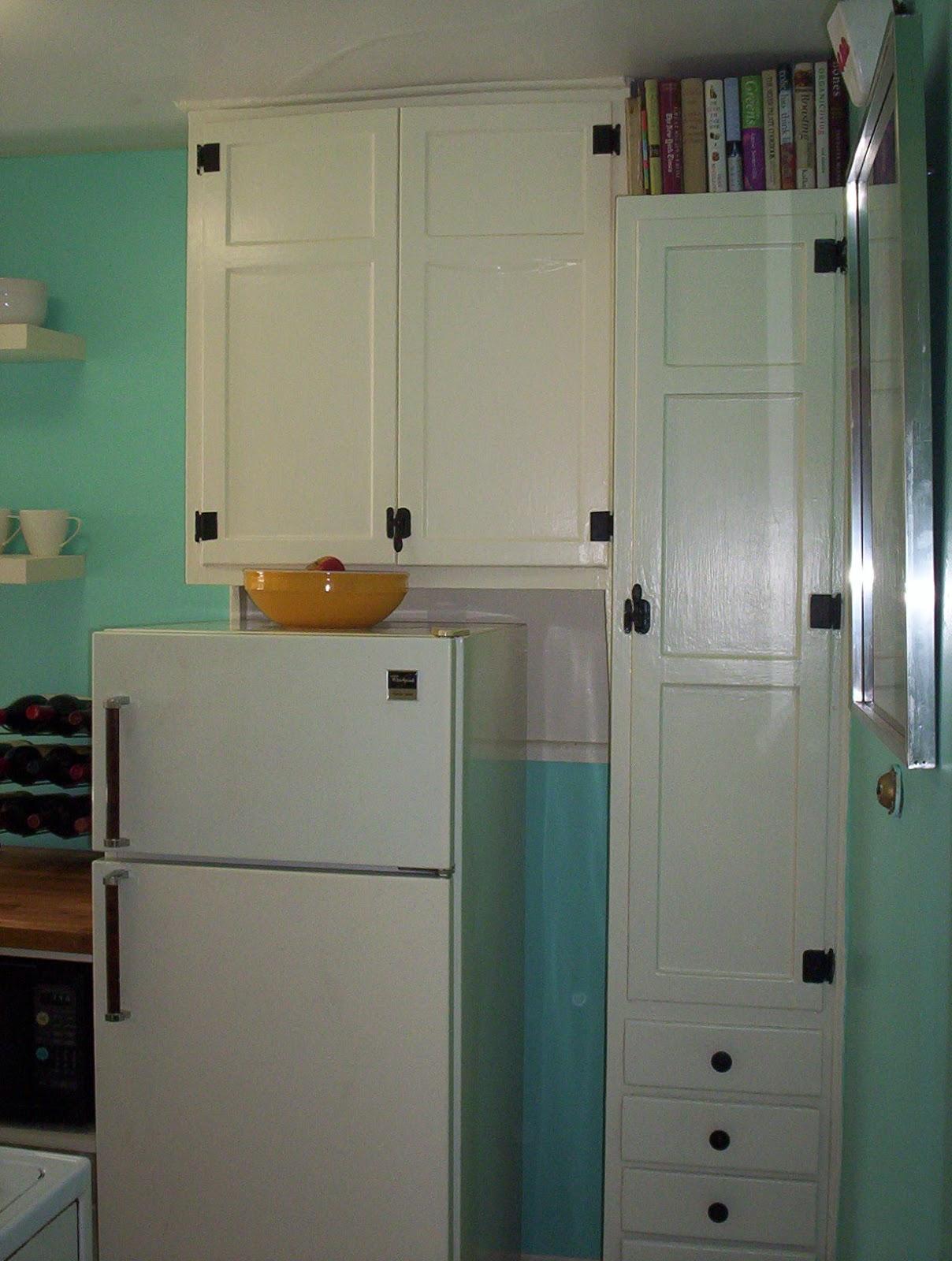 Retro Renovation For Al Kitchen