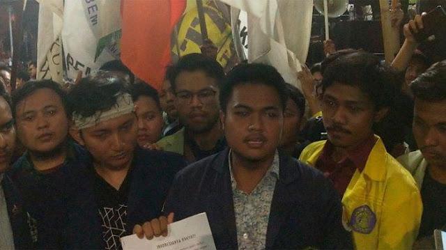Ini 9 Tuntutan 'Nawacita' Versi BEM SI untuk Jokowi