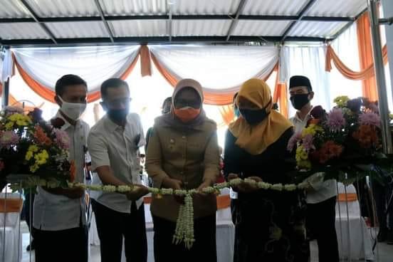 Bunda Indah Launching Outlet Rumah Alta Oleh-Oleh Khas Lumajang