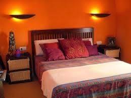 Habitación naranja