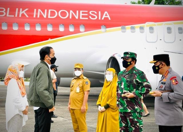 Listyo Sigit Prabowo dan Hadi Tjahjanto Apresiasi Upaya Pemprov Sulsel Tangani Pandemi Covid-19.lelemuku.com.jpg