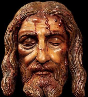 Cristo murio en la cruz por amor a los hombres para redimirnos de nuestros pecados