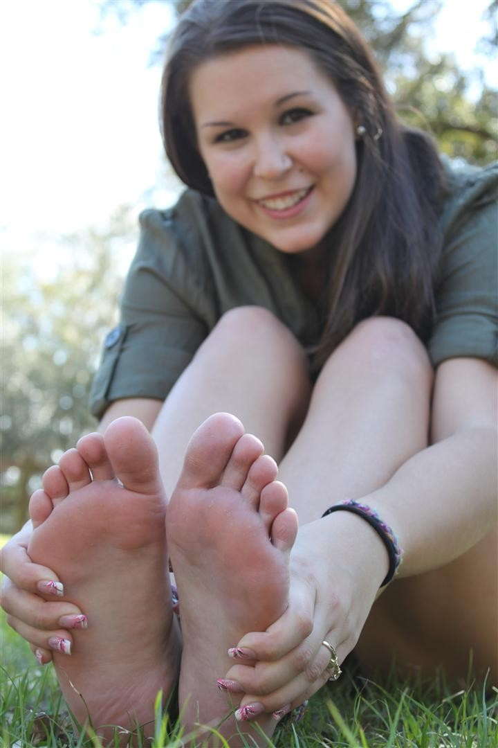 foot fetish Youtube foot worship and shoe
