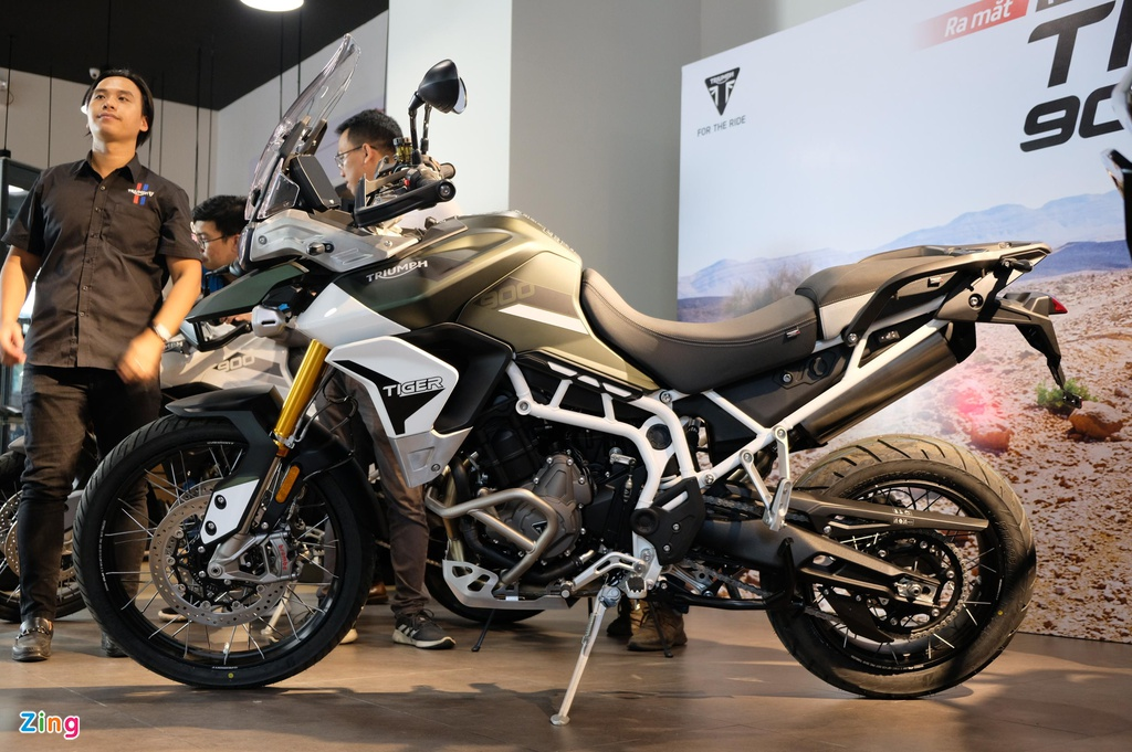 Xế phượt chính hãng 400-700 triệu chọn Triumph, Suzuki hay BMW