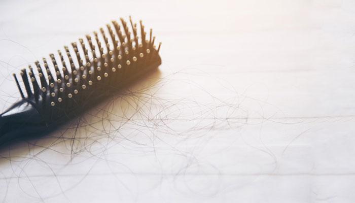 बालों का झड़ना Hair Fall