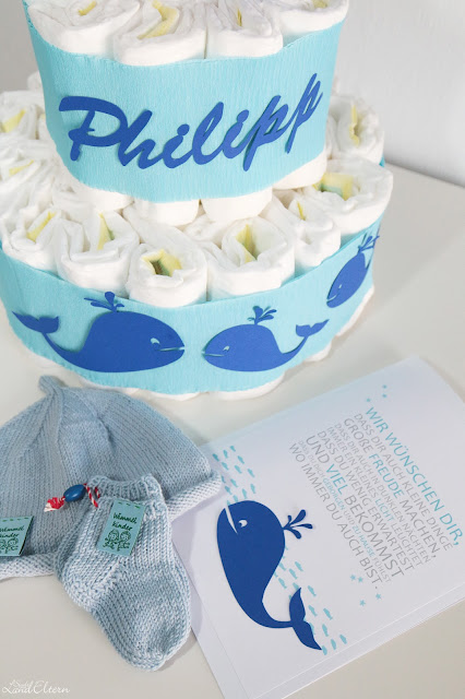 Selbstgemacht - Basteln - Pamperstorte - Wal - Junge - Geburtsgeschenk