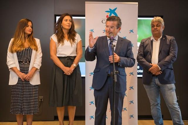Fuerteventura.- CaixaBank inaugura la oficina de nuevo modelo Store en Puerto del Rosario