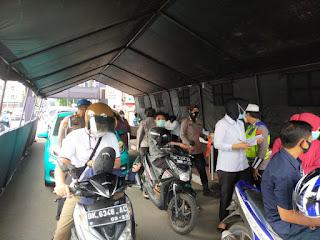 Gerai Drive Thru Vaksin Covid19, Polres Pelabuhan Makassar terus lakukan Vaksinasi