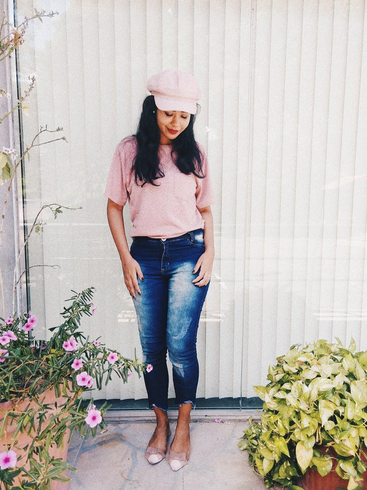 Camiseta rosa + jeans