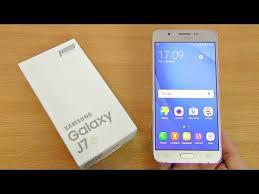 The Samsung Galaxy J7 Pro