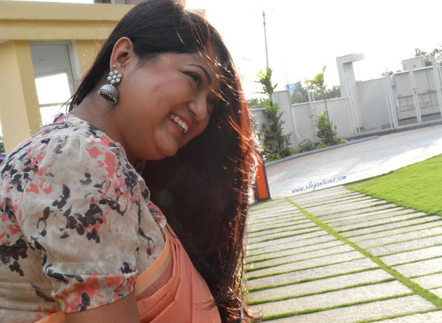 OOTD: Peach Handloom cotton saree with floral top