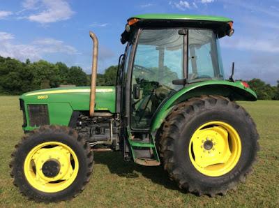 cuanto cuesta un tractor John Deere 5603
