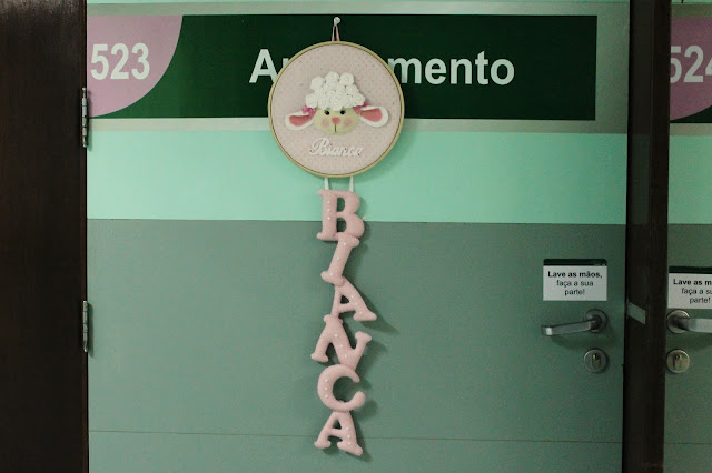 Enfeite de porta de maternidade