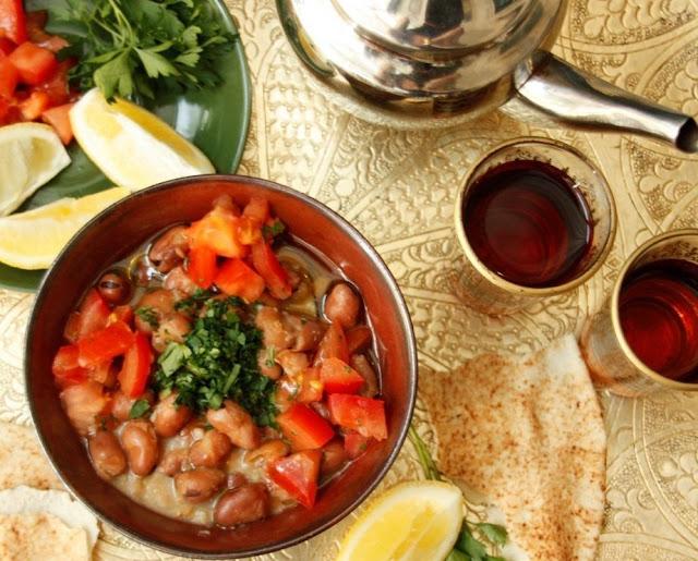 طرق لتحضير الفول وأهم فوائده علي السحور في رمضان