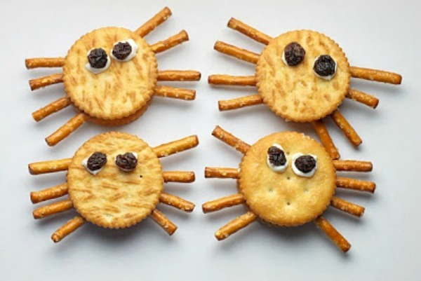 Spider Crackers from La Jolla Mom