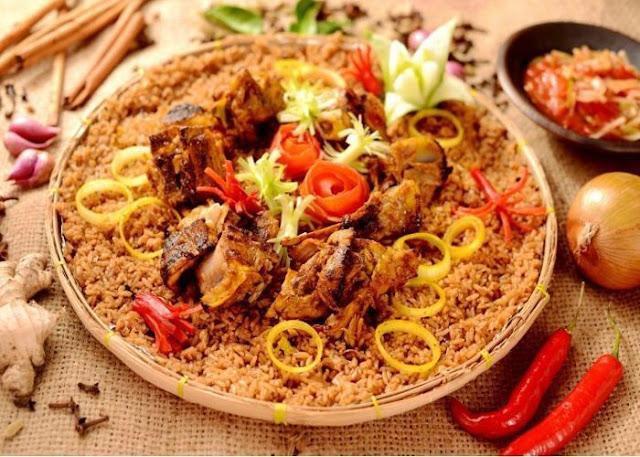 Pesan Nasi Kebuli, Salah Satu Hidangan Lezat Saat Hari Raya