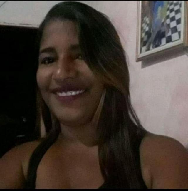 Jovem é encontrada morta dentro de casa na cidade de Simões