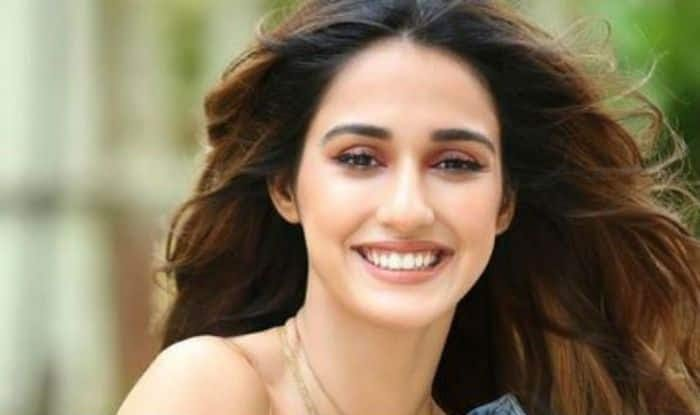 Once again Disha Patani is Back with a super hot belly dance video which is going video on the Internet