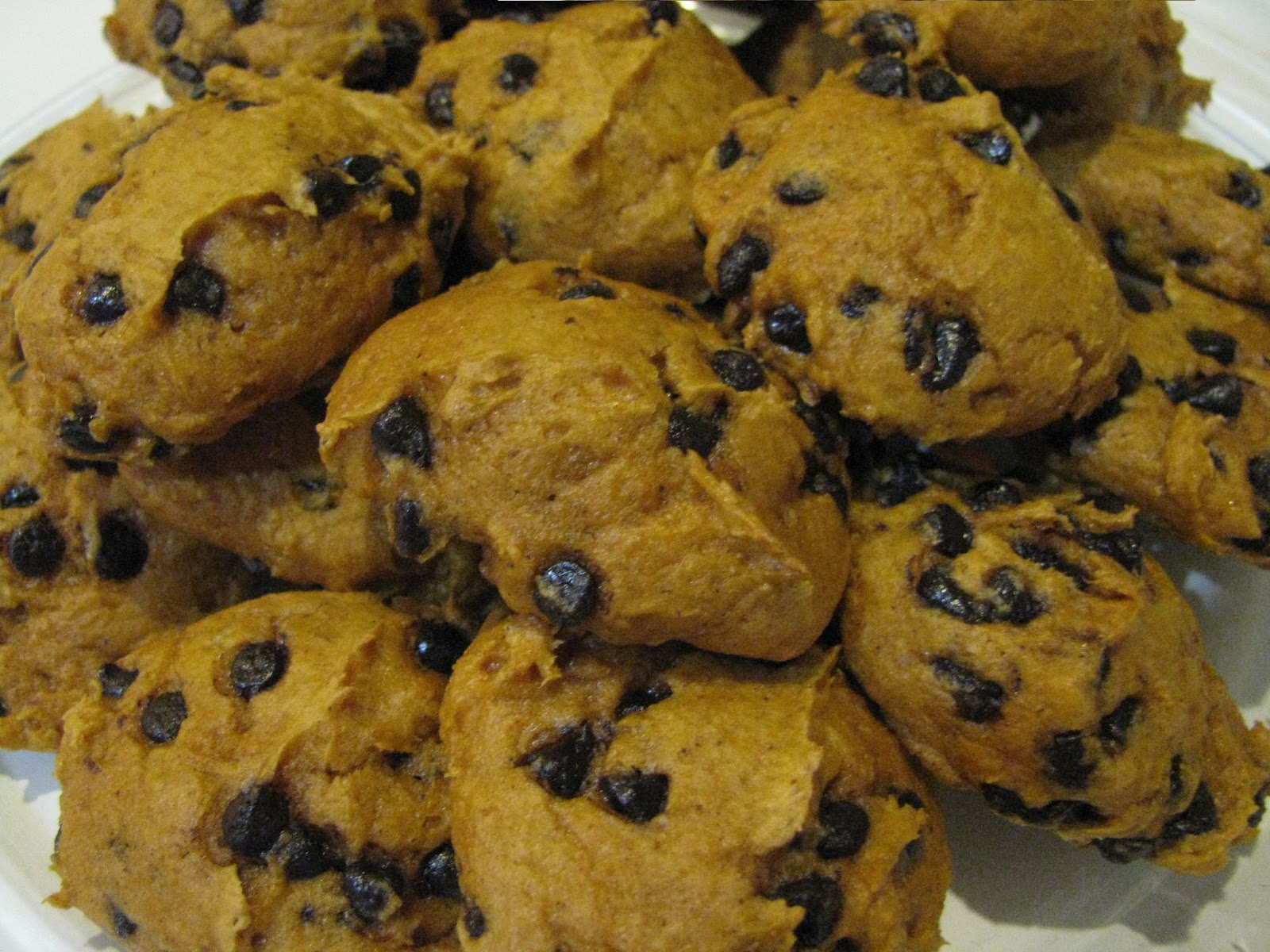 The Cannary Family: Easy Pumpkin drop cookies